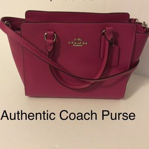 Authentic Coach Purse.Amazing condition. No stains